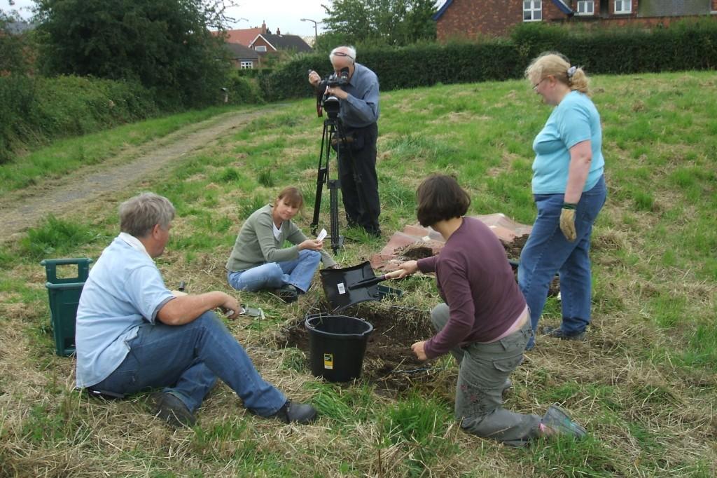 Edward filming Garth Dig 2008 017